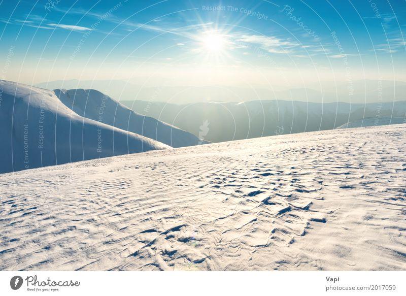 Sonnenuntergang über Winterhügeln und -bergen Ferien & Urlaub & Reisen Tourismus Abenteuer Ferne Schnee Winterurlaub Berge u. Gebirge Umwelt Natur Landschaft