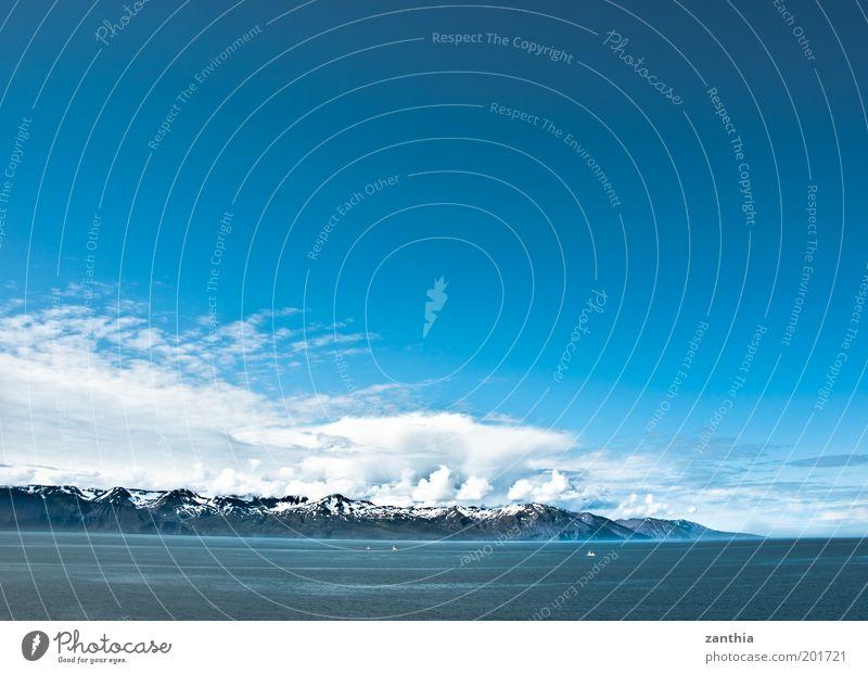 North Landschaft Wolken Schönes Wetter Schnee Berge u. Gebirge Küste Fjord Meer Ferne Unendlichkeit kalt blau weiß ruhig Weisheit klug Fernweh Ewigkeit