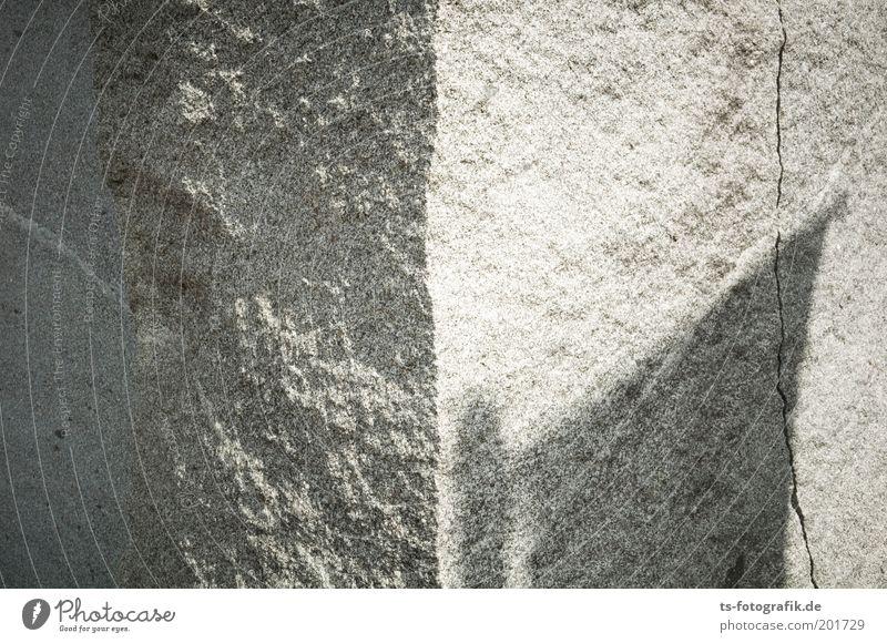 Granit VI kalt grau Stein ästhetisch Ecke Fahne rein einzigartig geheimnisvoll außergewöhnlich Verfall trocken Skulptur Urelemente Wahrzeichen Kunst