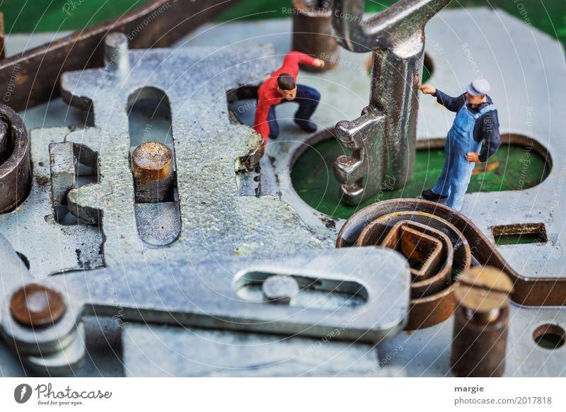 Miniwelten - Türschloss Mensch Arbeit & Erwerbstätigkeit maskulin Technik & Technologie Baustelle Sicherheit Team Beruf Umzug (Wohnungswechsel)