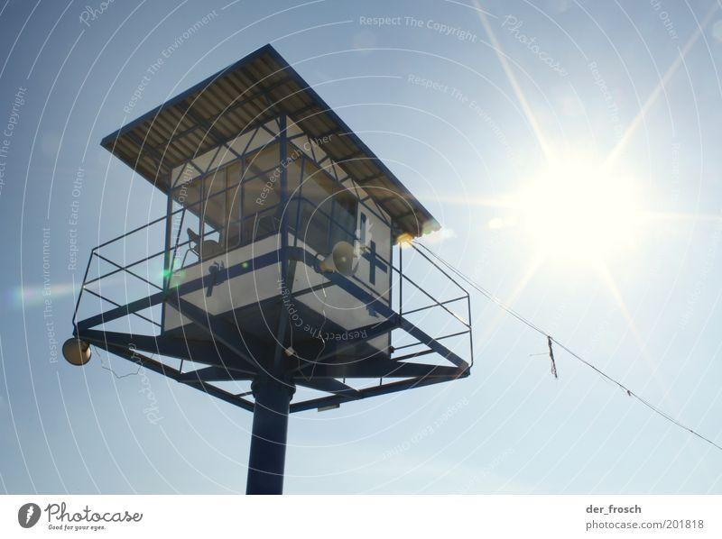 platz an der sonne Himmel Sonne Sommer Ferien & Urlaub & Reisen Sicherheit Schutz beobachten Lautsprecher Wachsamkeit Blauer Himmel Verantwortung achtsam