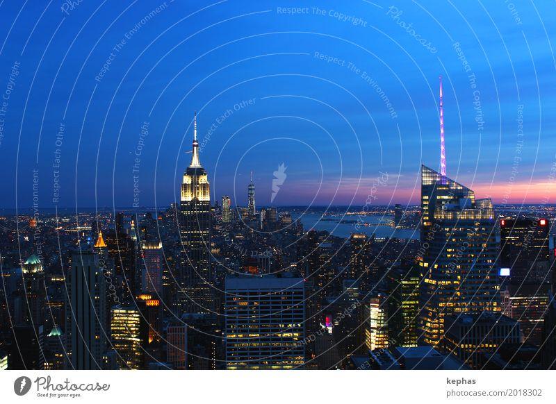 Midtown New York City at sunset Stadt Reisefotografie Architektur Gebäude Stimmung Hochhaus ästhetisch USA Bauwerk Sehnsucht Sehenswürdigkeit Skyline