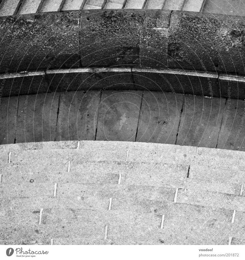 Deutsches Eck Koblenz Deutschland Stadt Menschenleer Bauwerk Sehenswürdigkeit Denkmal Flugzeugausblick alt ästhetisch grau Radius Kreis Schwarzweißfoto