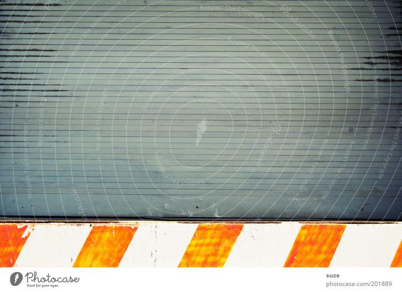 Under Construction Wand grau Linie orange Schilder & Markierungen geschlossen Streifen Zeichen Tor Kunststoff gestreift Lamellenjalousie Rampe Tür Warenannahme Warnstreifen