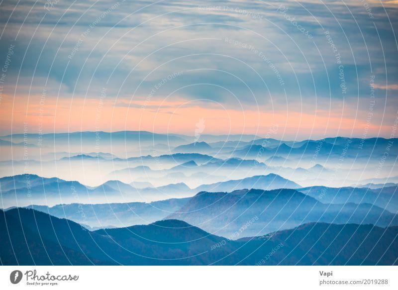 Drastische bunte Wolken über blauen Hügeln schön Ferien & Urlaub & Reisen Tourismus Ausflug Abenteuer Ferne Freiheit Sommer Sonne Berge u. Gebirge Tapete Umwelt
