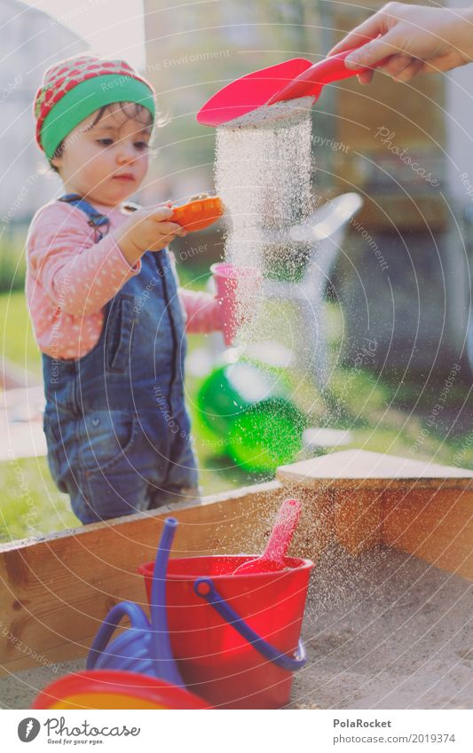 Erdbeermütze X Mensch feminin Kind Kleinkind Mädchen 1 ästhetisch Sandkasten Partikel Schaufel Eimer Spielen spielend Kindheit Kindergarten Kindheitserinnerung