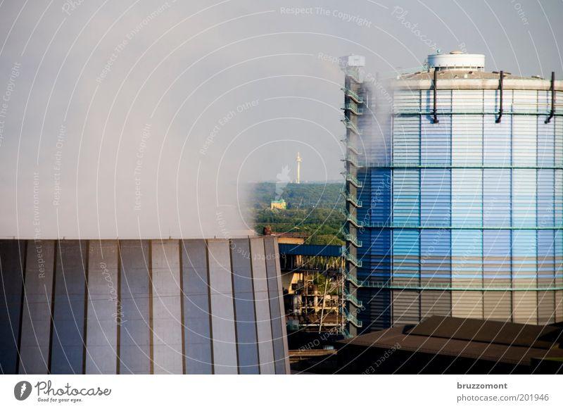 Kulturhauptstadt 2010 blau Deutschland Arbeit & Erwerbstätigkeit Energiewirtschaft Energie Industrie Fabrik Wirtschaft Abgas gestreift Umweltverschmutzung Industrieanlage Wasserdampf Stromkraftwerke Ruhrgebiet Speicher