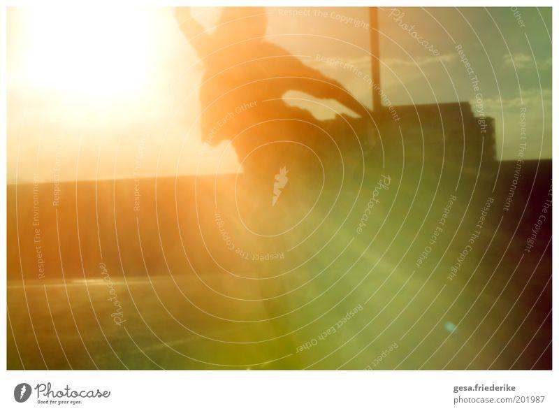 You look good in breaking hearts. Himmel Sonne Ferien & Urlaub & Reisen Freude Erholung Glück Tanzen Freizeit & Hobby glänzend Gold frisch natürlich Fröhlichkeit leuchten einzigartig