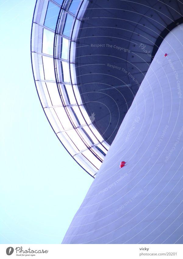 Fernmeldeturm oben Architektur hoch Turm Fernsehturm Funkturm Drehrestaurant