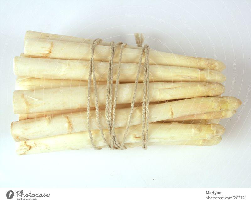 Spargelbund kochen & garen Spargelkopf Spargelzeit frischer Spargel Ernährung Gemüse Bündel ungeschälter spargel Schnur