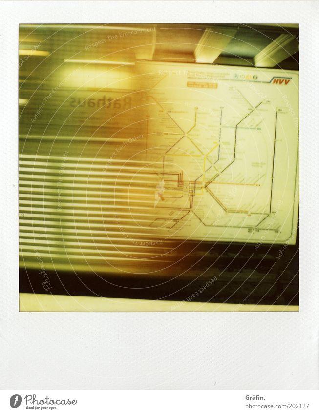 Nächster Halt: Rathaus gelb warten Schilder & Markierungen Hamburg Geschwindigkeit Schriftzeichen Tunnel U-Bahn Stress Polaroid Bahnhof Mobilität Eisenbahn