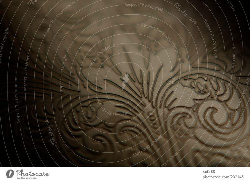 tattoo Lifestyle Kunst Tattoo Kitsch Krimskrams Metall Gold Ornament alt ästhetisch schön braun Farbfoto Detailaufnahme Makroaufnahme Muster Strukturen & Formen