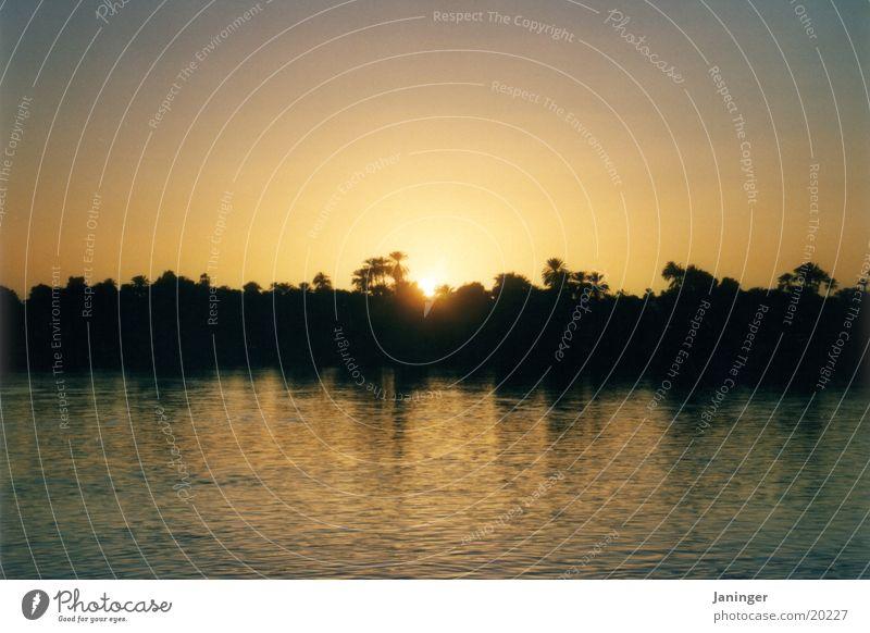 Sonnenuntergang am Nil Landschaft Zufriedenheit Ägypten