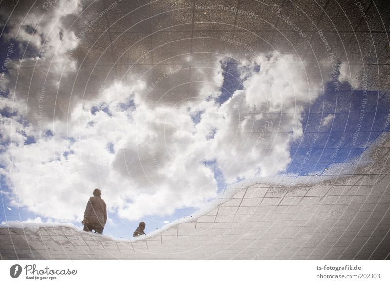 Liquid Sky II Mensch Natur Himmel weiß blau Wolken Straße grau träumen Wege & Pfade Wetter nass Erde Zukunft Fußweg bizarr
