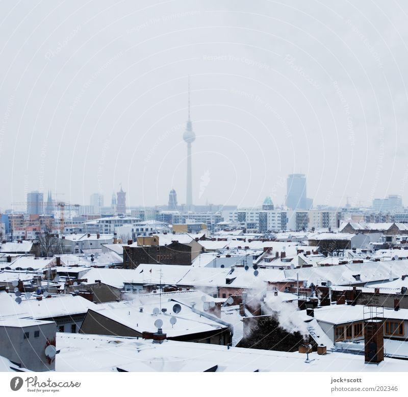 gefrorene Variante Kreuzberg Horizont Winter Nebel Schnee Hauptstadt Sehenswürdigkeit Wahrzeichen Berliner Fernsehturm kalt Stimmung Aussicht Gedeckte Farben