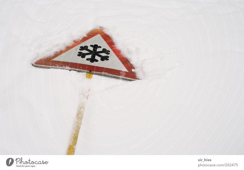 und nun zum Wetter Winter Eis Frost Schnee Zeichen Schilder & Markierungen Hinweisschild Warnschild Verkehrszeichen kalt gelb rot weiß bizarr Klima Warnhinweis