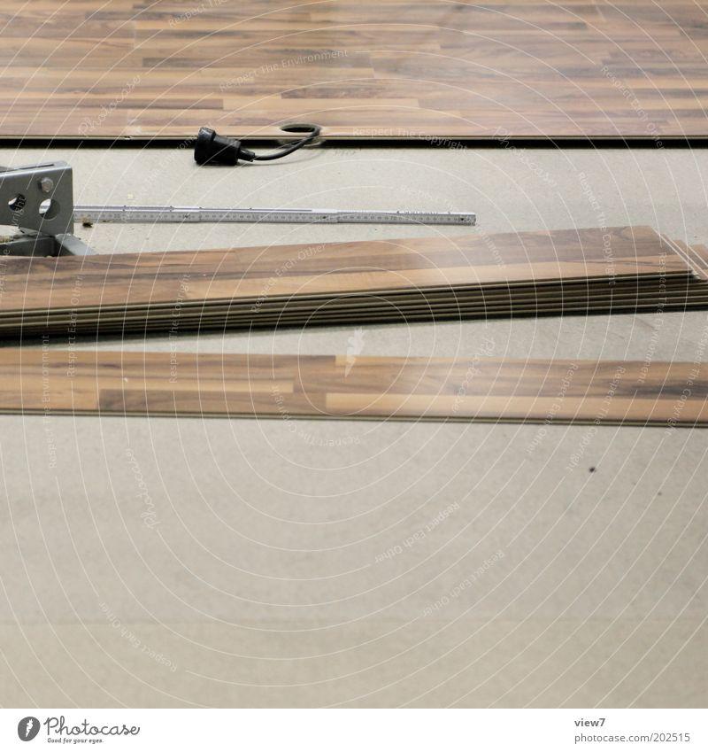 Laminat Holz Linie Innenarchitektur Raum Arbeit & Erwerbstätigkeit Wohnung liegen Ordnung Häusliches Leben Bodenbelag planen Kabel Streifen Baustelle