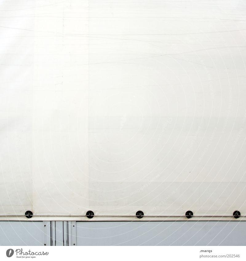 Plane Güterverkehr & Logistik Kunststoff einfach weiß Mobilität Abdeckung Farbfoto Detailaufnahme Textfreiraum links Textfreiraum rechts Textfreiraum oben