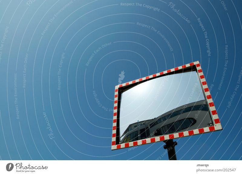 Spiegel Verkehr Straßenverkehr Zeichen Schilder & Markierungen blau rot weiß Sicherheit Verkehrsschild Vorfahrt Straßenverkehrsordnung Verkehrszeichen Farbfoto