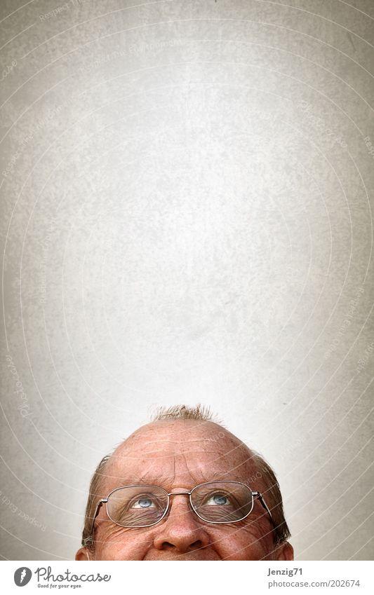 Kopf hoch! Mensch Mann alt Erwachsene Gesicht Auge Leben Senior Haare & Frisuren Glück Denken träumen Zufriedenheit Nase maskulin