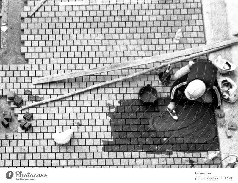 Bauarbeiter Hongkong Asien überbevölkert Terrasse schwarz weiß China Kopfsteinpflaster Schwarzweißfoto Strukturen & Formen