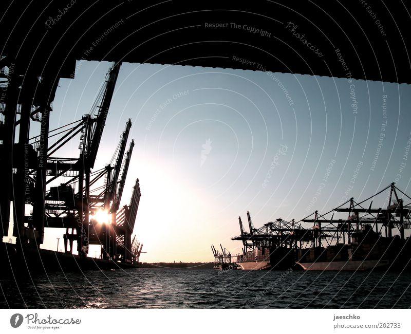 Tor zur Welt Wasser Deutschland Hamburg Industrie Brücke modern Güterverkehr & Logistik Romantik Hafen Wirtschaft Anlegestelle Handel Schifffahrt Schönes Wetter Kran laden