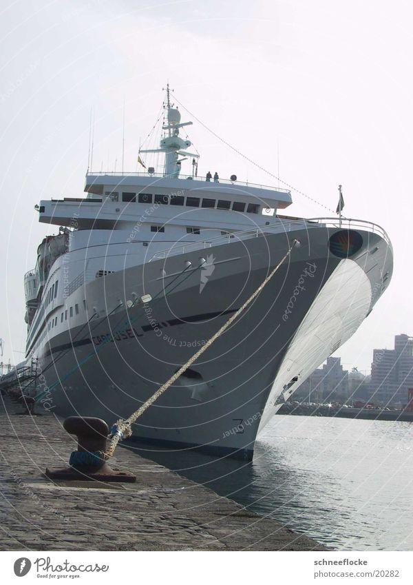 Kreuzfahrtschiff Ferien & Urlaub & Reisen Wasserfahrzeug Hafen Schifffahrt Kreuzfahrt