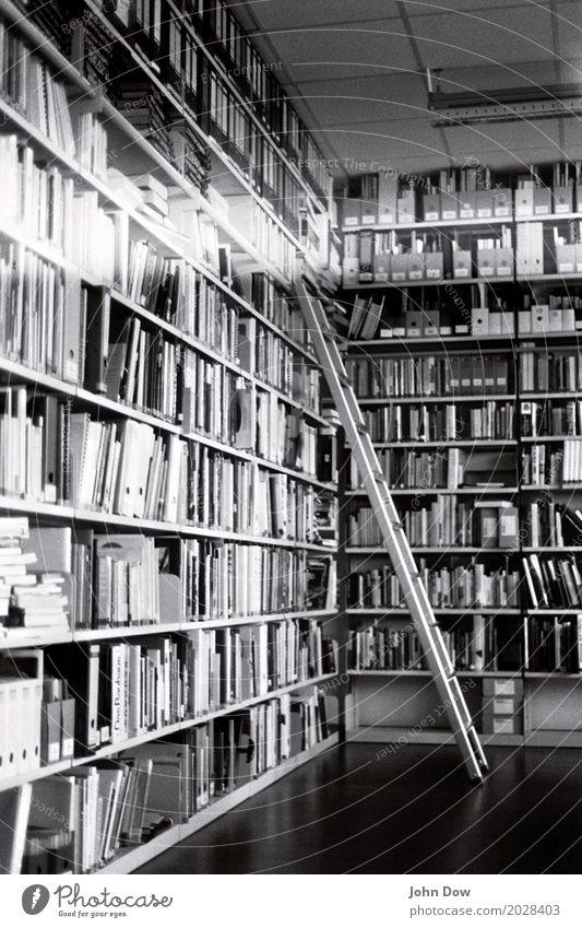 Privatbibliothek ein lizenzfreies stock foto von photocase for Innenarchitektur lernen