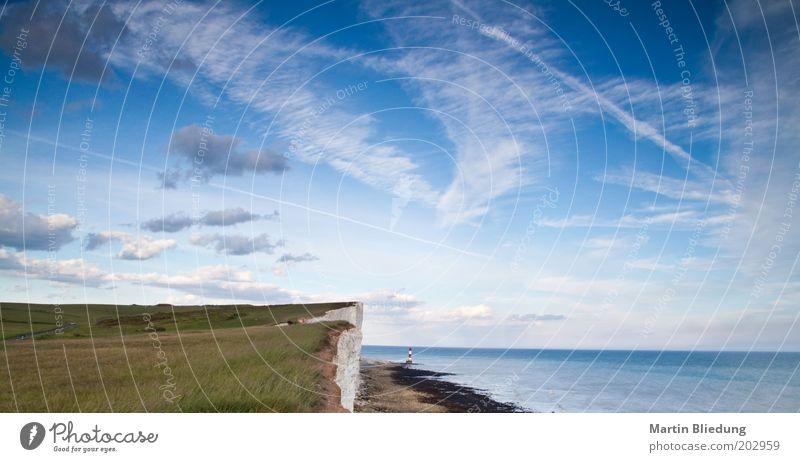 Beachy Head Himmel Meer Ferien & Urlaub & Reisen ruhig Wolken Einsamkeit Ferne Landschaft Stimmung Küste Wind frei Felsen Unendlichkeit Urelemente Leuchtturm