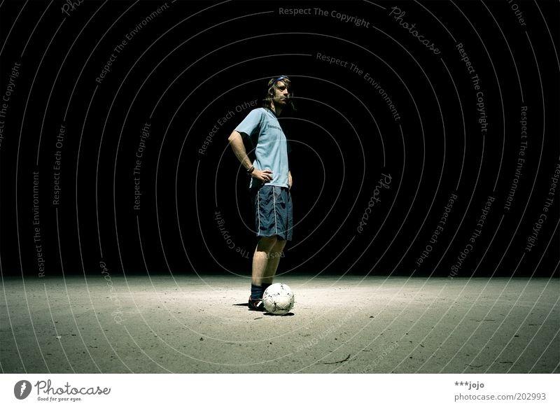 diego armando. Mensch Mann Jugendliche Sport dunkel Spielen Fußball Erwachsene maskulin Ball Freizeit & Hobby Sportler Fußballer Fußballplatz