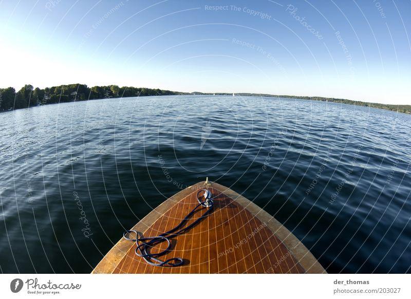 eine seefahrt die... Natur Wasser Himmel Wolkenloser Himmel Horizont Sonnenlicht Sommer Schönes Wetter Wärme Seeufer Bewegung fahren Ferne nass natürlich blau