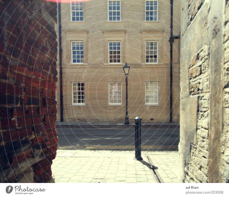 durch diese hohle Gasse muss er kommen! elegant Häusliches Leben Oxford Altstadt Menschenleer Haus Bauwerk Gebäude Architektur Mauer Wand Fassade Fenster