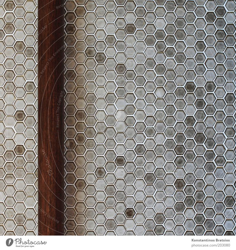 SEHTESTBILD Holz grau braun Design Bad einfach Häusliches Leben fest Fliesen u. Kacheln Geometrie Symmetrie vertikal Stab altmodisch Raum
