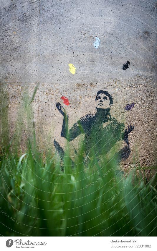 Jonglieren Mensch Natur Umwelt Leben Graffiti Zukunft gefährlich Klima bedrohlich Zeichen Zukunftsangst Frieden Umweltschutz Krieg Zerstörung Klimawandel