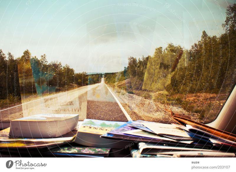 Unterwegs Natur Ferien & Urlaub & Reisen Straße Wege & Pfade Landschaft Buch Umwelt Ausflug Abenteuer fahren Zeitung authentisch Reisefotografie Information