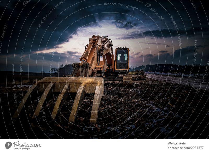Raupenbagger im Tagebau Industrie Maschine Energiewirtschaft Glas Metall Stahl Rost dreckig blau braun gelb orange Umweltverschmutzung Zerstörung Bagger