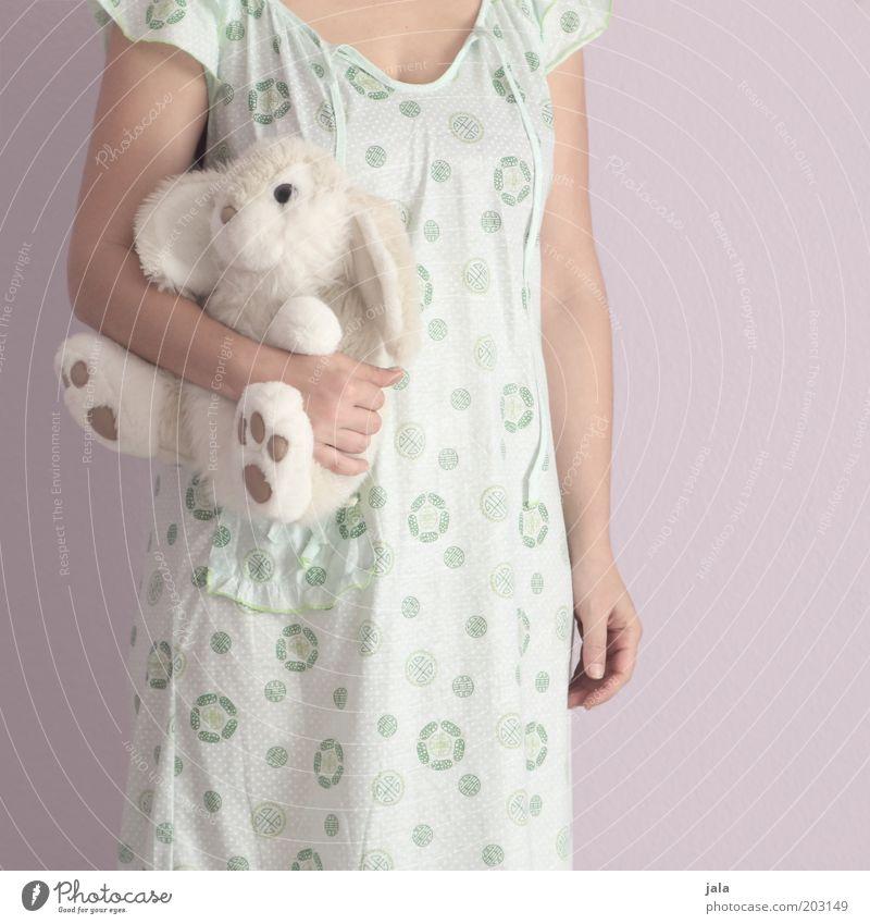 knuddel mich =) Mensch Frau Jugendliche Junge Frau Erwachsene Liebe feminin rosa Kindheit Arme Vertrauen Haustier Hase & Kaninchen Geborgenheit Schlafanzug Spielzeug