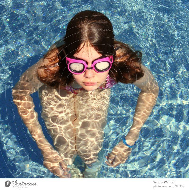 Christin Mensch Kind Jugendliche Mädchen Sommer Wärme Wellen Kindheit Schwimmen & Baden Freizeit & Hobby Brille Schwimmbad beobachten brünett 8-13 Jahre