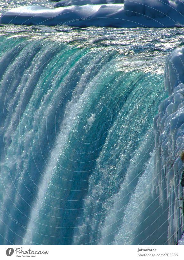 FRESH - Abkühlung Natur Wasser blau Leben Eis Kraft nass frisch Frost Fluss authentisch Flüssigkeit abwärts Wasserfall Klimawandel Schwerkraft