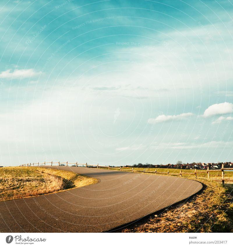 Linksrum Natur Himmel grün blau Sommer Wolken Straße Wiese Gras Wege & Pfade Landschaft Spaziergang Idylle Grenze Weide Zaun
