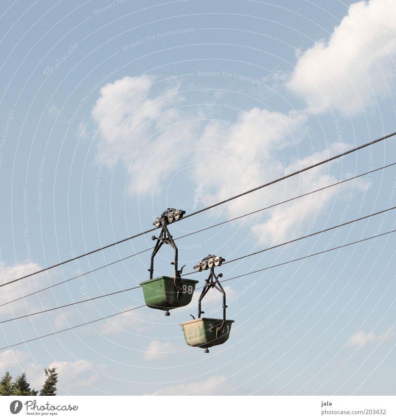 transportmittel Baustelle Himmel Güterverkehr & Logistik Seilbahn fahren Trog Farbfoto Außenaufnahme Textfreiraum oben Tag Drahtseil