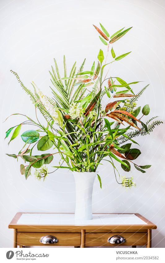 Grüne Pflanzen Arrangements in Vase Natur Sommer Blume Blatt Wand Frühling Innenarchitektur Stil Gras Mauer Business Design Wohnung Häusliches Leben Raum