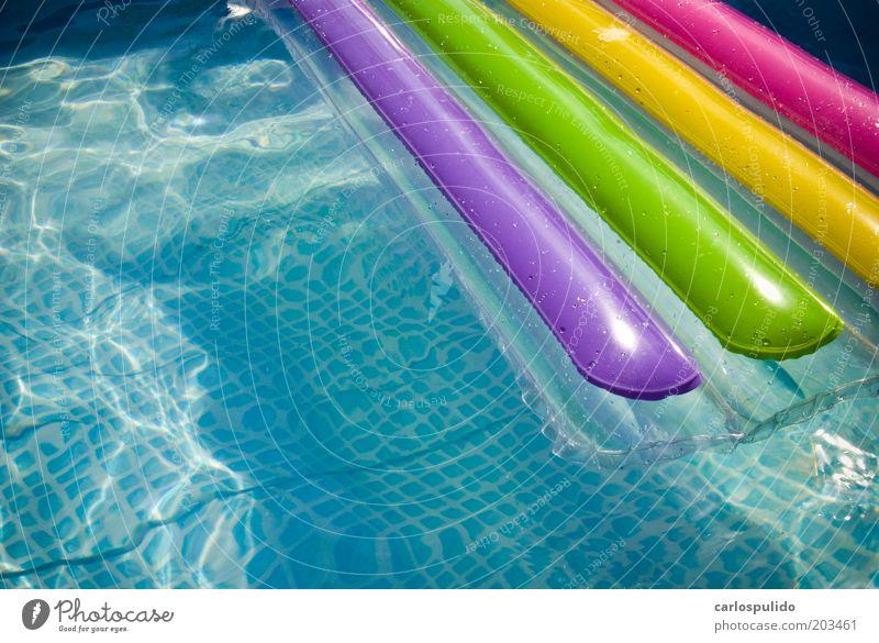 Billard Sommer Sommerurlaub Sonne Schwimmen & Baden genießen Tourismus Schwimmbad Wasser Badeort blau Farbfoto Außenaufnahme Menschenleer Tag Sonnenlicht