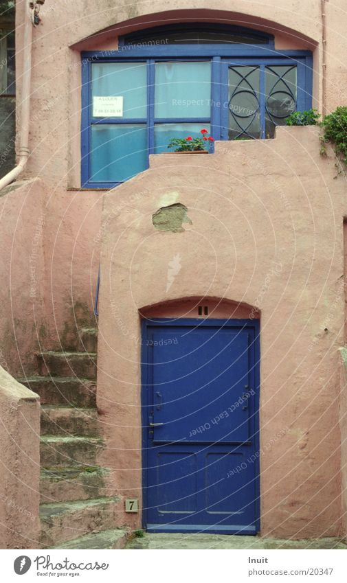 Blaue Tür blau Ferien & Urlaub & Reisen Architektur Treppe Frankreich Südfrankreich