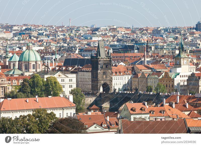 PRAG Ferien & Urlaub & Reisen blau Stadt Reisefotografie Beleuchtung Stadtleben Europa Brücke Postkarte Städtereise Prag Tschechien Karlsbrücke Moldau
