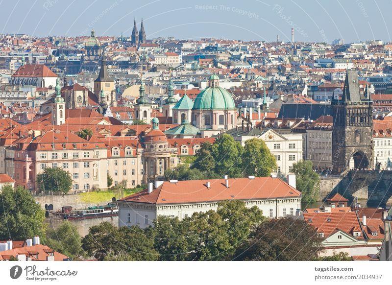 PRAG CITY Ferien & Urlaub & Reisen blau Stadt Reisefotografie Beleuchtung Stadtleben Europa Brücke Postkarte Städtereise Prag Tschechien Karlsbrücke Moldau
