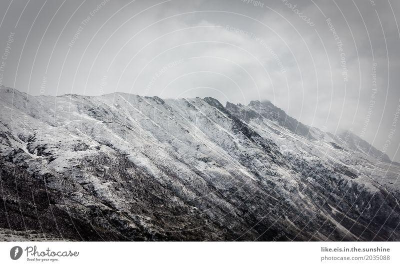 Frisch gezuckert Natur Landschaft Erholung Wolken ruhig Ferne Winter Wald Berge u. Gebirge Umwelt Frühling Schnee Felsen Schneefall Ausflug Wetter