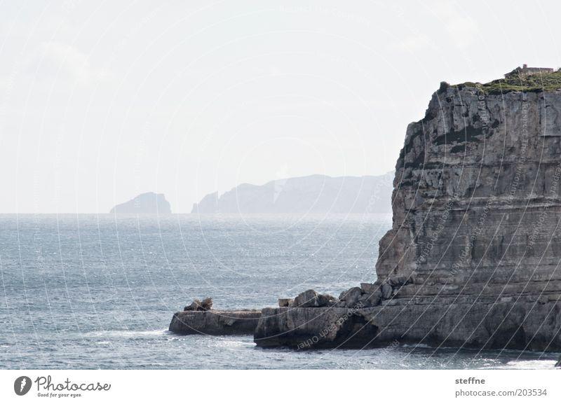 Kap der hohen Erwartung Wasser Meer Sommer Küste Nebel Felsen Bucht Schönes Wetter Mallorca Klippe steil Mittelmeer Spanien Wolkenloser Himmel
