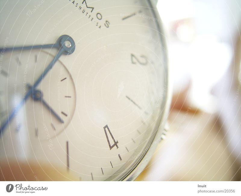 Uhr 02 Armbanduhr Zeit Glashütte Elektrisches Gerät Technik & Technologie Nahaufnahme NOMOS