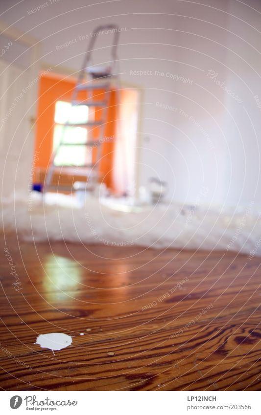 LG - Teilrenoviert weiß Haus Holz Farbstoff Arbeit & Erwerbstätigkeit Raum Wohnung dreckig frisch neu Häusliches Leben streichen Umzug (Wohnungswechsel)